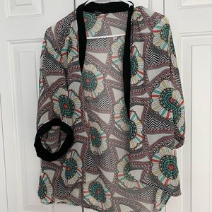 MONTEAU PATTERNED MULTI COLOR KIMONO